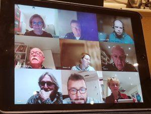 coronaproof vergadering van dorpsraad alverna met burgemeester Marijke van Beek